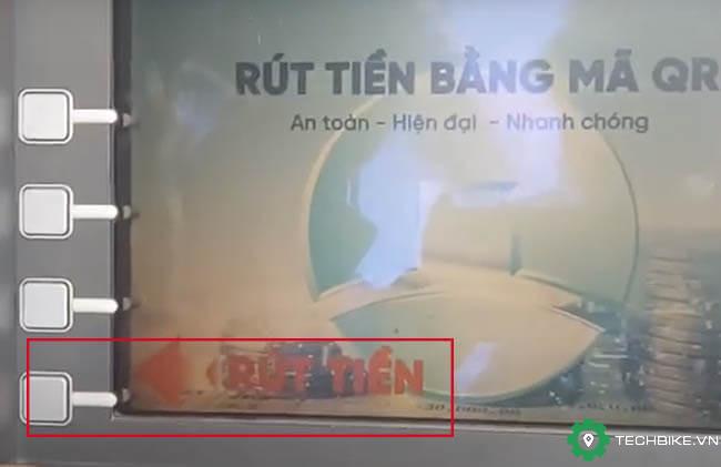 Thao-tac-rut-tien-Vietinbank-bang-ma-QR.jpg
